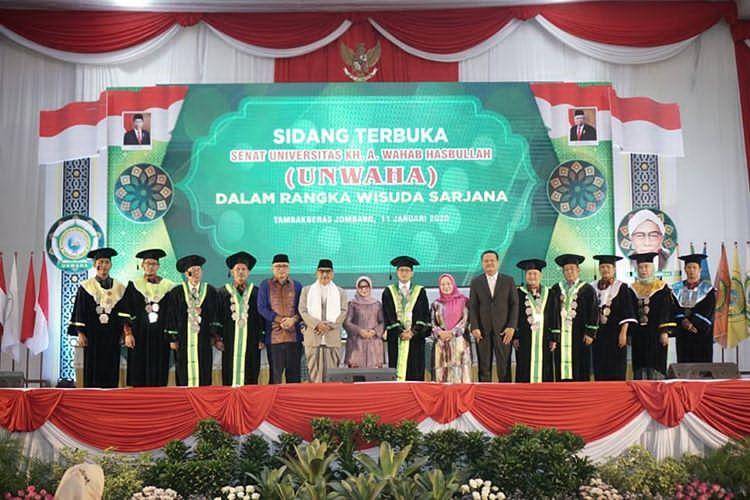 alumni-unwaha-harus-punya-karakter-khusus